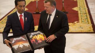 Ο πρόεδρος της Ινδονησίας έδωσε 800 δολ. για να πάρει πίσω το «Master of Puppets» των Metallica