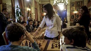 Παγκόσμια Ημέρα Γυναίκας 2018: Μια σκακιέρα η Βουλή σήμερα