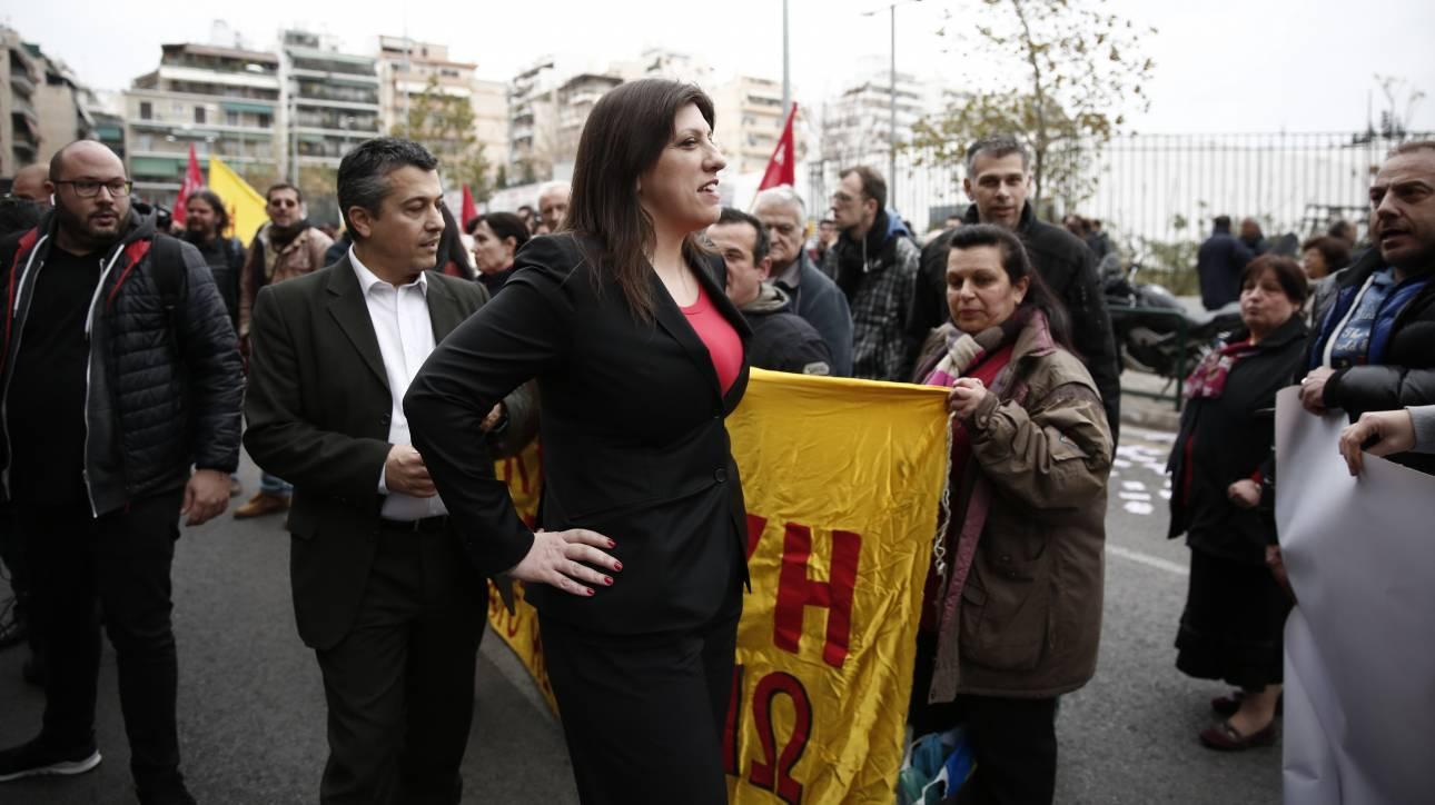 Κάλεσμα Κωνσταντοπούλου σε συμβολαιογράφους, δικηγόρους και αστυνομικούς κατά των πλειστηριασμών