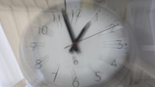 Αλλαγή ώρας σε θερινή - Πότε γυρίζουμε τα ρολόγια μία ώρα μπροστά
