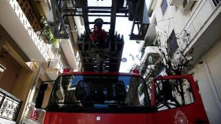 Tραγωδία στα Πατήσια: Ανασύρθηκε νεκρός μετά από πυρκαγιά σε διαμέρισμα