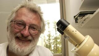 Σερ Τζον Σάλστον: Πέθανε ο επιστήμονας που συνέβαλε στην αποκωδικοποίηση του DNA