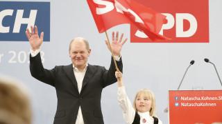 Όλαφ Σολτς: Ο νέος ΥΠΟΙΚ της Γερμανίας φέρνει μαζί του έναν αέρα σταθερότητας για την Μέρκελ