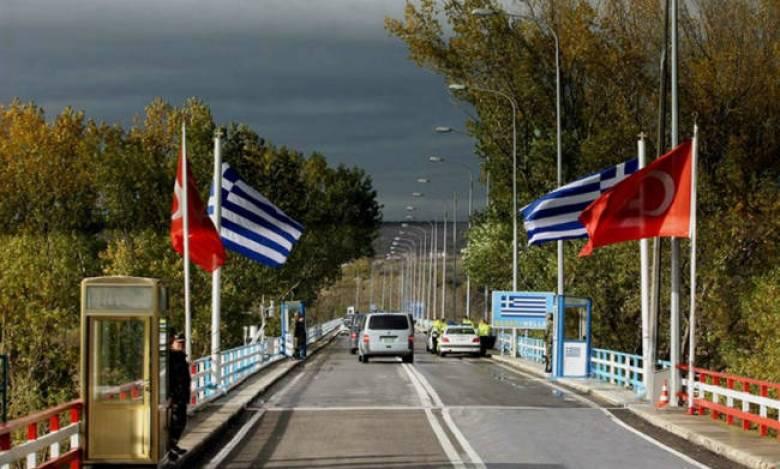 Spiegel: Κλιμακώνεται η ελληνοτουρκική ένταση με αφορμή τη σύλληψη των δύο στρατιωτικών