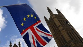 Brexit: Οι επιχειρήσεις σε ΕΕ - Βρετανία θα επιβαρυνθούν με 65 δισ. αν δεν υπάρξει συμφωνία