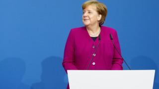 Μέρκελ: Χαίρομαι που ο Τσίπρας έχει επαφές με την Τουρκία ακόμα και αν αυτές είναι φορτισμένες