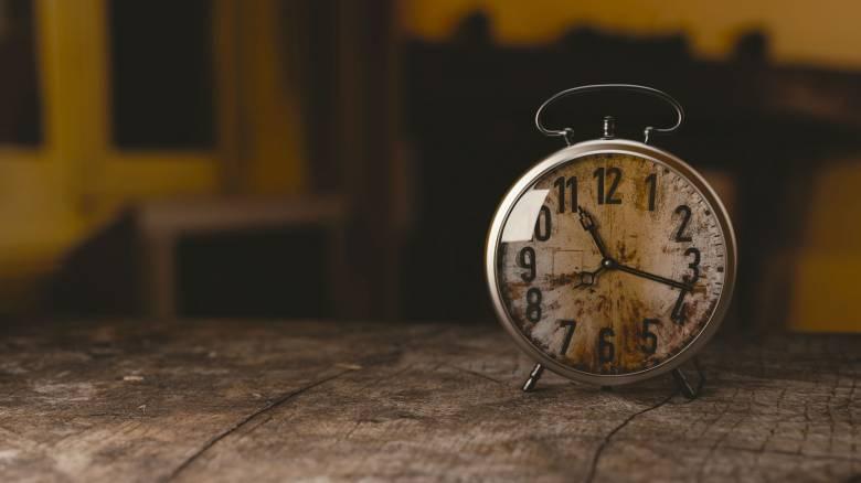 Πότε αλλάζει η ώρα – Πάμε τα ρολόγια μια ώρα μπροστά