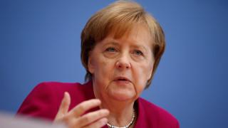 Η Μέρκελ στηρίζει τη Βρετανία στην υπόθεση Σκριπάλ και ζητά απαντήσεις από τη Μόσχα