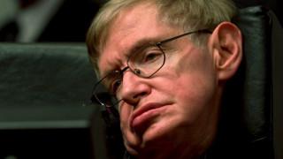 «Είθε να συνεχίσεις να πετάς σαν τον σούπερμαν στη μικροβαρύτητα»: Η NASA αποχαιρετά τον Στ. Χόκινγκ