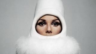 Mod, pop, τέχνη & επανάσταση στη γαλλική μόδα: το Παρίσι υποκλίνεται στον Peter Knapp