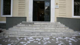 Σε δίκη για τέσσερα πλημμελήματα παραπέμπονται 12 μέλη του Ρουβίκωνα