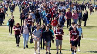 ΗΠΑ: Οι μαθητές λένε «όχι» στα όπλα: Συντονισμένη διαμαρτυρία σε 3.000 σχολεία