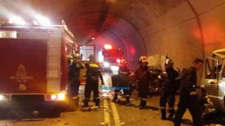 Ναύπακτος: Ένας νεκρός και τρεις τραυματίες σε σοβαρό τροχαίο
