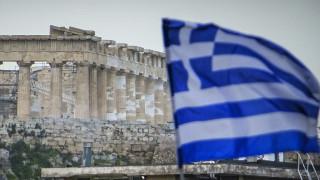 Times: Η ελληνική οικονομία δεν είναι πλέον στο επίκεντρο
