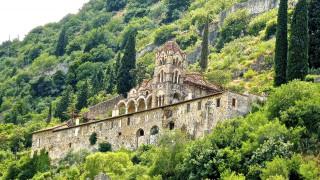 Οι δέκα εντυπωσιακότερες μεσαιωνικές πόλεις με τείχος