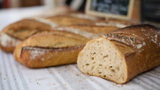 Πρόστιμο σε Γάλλο αρτοποιό για… πολλές ώρες εργασίας
