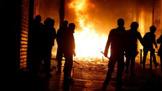 Αιματηρές συγκρούσεις στη Μαδρίτη μετά τον θάνατο πλανόδιου πωλητή
