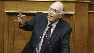 Αντικατάσταση της ηγεσίας των Ενόπλων Δυνάμεων ζητά ο Β. Λεβέντης