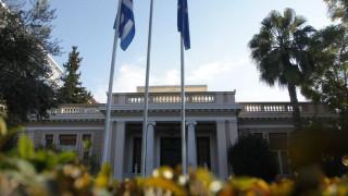Κυβερνητικές πηγές: Ο κ. Σαμαράς διολισθαίνει από τη γραφικότητα στη γελοιότητα