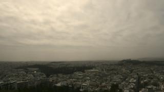 Επιδείνωση του καιρού από το Σάββατο με νεφώσεις, βροχές και σκόνη