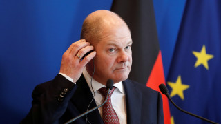 Σολτς: Η ελάφρυνση χρέους εξαρτάται από τη διατήρηση της μεταρρυθμιστικής πολιτικής