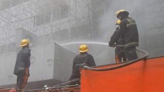 Φιλιππίνες: Νεκροί και εγκλωβισμένοι σε ξενοδοχείο που έπιασε φωτιά