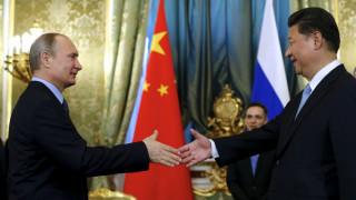 Ο Σι Τζινπίνγκ συγχαίρει τον Βλαντίμιρ Πούτιν για την επανεκλογή του