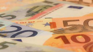 Στα 2 δισ. ευρώ το πρωτογενές πλεόνασμα σε ταμειακή βάση