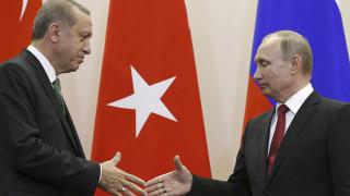 Συγχαρητήρια Ερντογάν στον Πούτιν για την εκλογική νίκη του