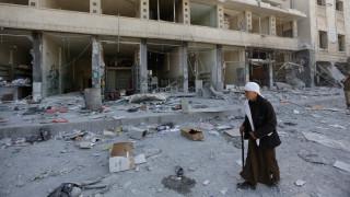 Δεκάδες νεκροί από τη ρουκέτα που έπληξε συνοικία της Δαμασκού