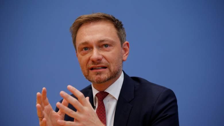 Handelsblatt: «Όχι» του FDP στην εκταμίευση της δόσης για την Ελλάδα