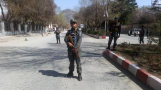 Επίθεση αυτοκτονίας με δεκάδες νεκρούς στην Καμπούλ