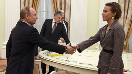Ο Πούτιν έδωσε εντολή να μελετηθεί η «λίστα Σαμπτσάκ» των 16 κρατουμένων