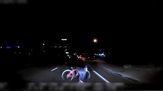 Καρέ-καρέ η στιγμή που το «αυτόνομο» ταξί της Uber τραυματίζει θανάσιμα ποδηλάτισσα
