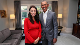Συμβουλές Ομπάμα στην πρωθυπουργό της Ν. Ζηλανδίας περί… ανατροφής παιδιών