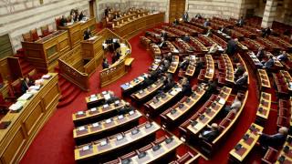 «Μάχη» για Beat και Uber στη Βουλή