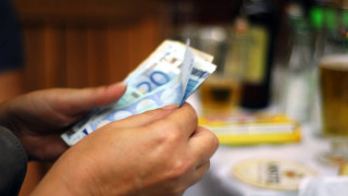 Τι φέρνει η ρύθμιση των 120 δόσεων για όσους έχουν χρέη άνω των 50.000 ευρώ