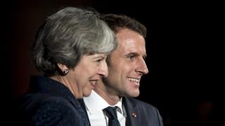 Βρυξέλλες - Παρίσι και Λονδίνο χαιρετίζουν την εξαίρεση Ε.Ε. από τους δασμούς Τραμπ
