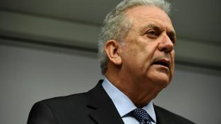 Αβραμόπουλος: Κοινωνική αναγκαιότητα η ενσωμάτωση των προσφύγων και των μεταναστών