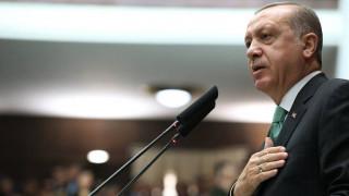 Ο Ερντογάν διαμαρτυρήθηκε στον Μακρόν για τις επικρίσεις της Γαλλίας