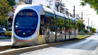 Σύγκρουση τραμ με λεωφορείο στο Νέο Κόσμο