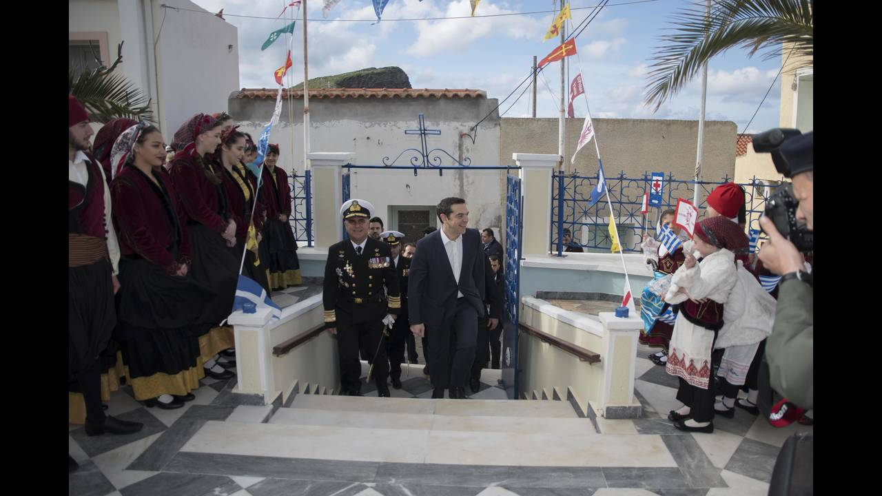 https://cdn.cnngreece.gr/media/news/2018/03/26/123159/photos/snapshot/4414878.jpg