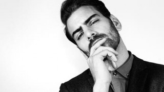 Από το Next Top Model στο Μπρόντγουεϊ: ο οσκαρικός ακτιβισμός του κωφού Νάιλ ΝτιΜάρκο αφυπνίζει