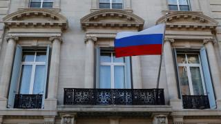 Μαζικές απελάσεις Ρώσων διπλωματών από ΗΠΑ και ΕΕ