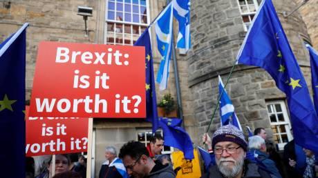 Brexit: Πού βρίσκονται οι συνομιλίες ΕΕ-Λονδίνου;