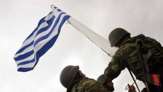 Παραμένουν προφυλακισμένοι οι δύο Έλληνες στρατιωτικοί