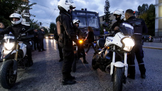 Ψάχνουν για εκρηκτικό μηχανισμό στην Ευελπίδων μετά την ανάληψη ευθύνης με προκήρυξη