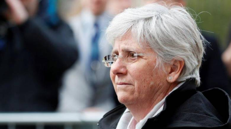 Καταλονία: Πρώην υπουργός της αυτονομιστικής κυβέρνησης παραδόθηκε στην Σκωτία