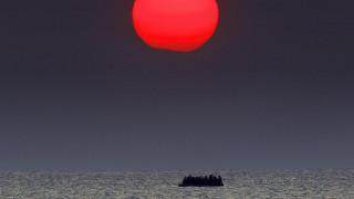 The Guardian: με πακέτο διακοπών στην Ελλάδα της κρίσης διχάζει το Twitter