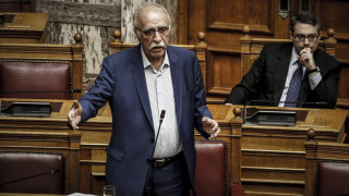 Βίτσας: Προσπάθεια σύναψης συμφωνίας με Ιταλία, Ισπανία και Μάλτα για το προσφυγικό